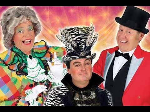 Goldilocks and the Three Bears Newcastle Theatre Royal Pantomime 5* REVIEW CAST