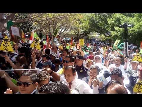 Marcha contra la Minería en El Salvador llegada a la Asamblea Legislativa