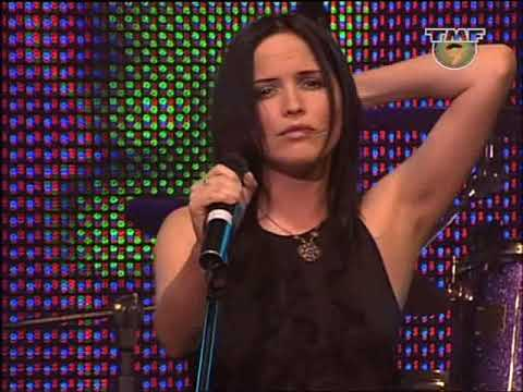 The Corrs - Radio (Live 38 Amsterdam 2001)
