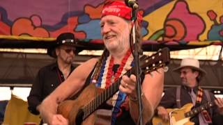 Willie Nelson - Funny How Time Slips Away / Crazy / Night Life - Woodstock 99 (Official)