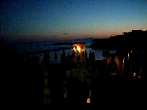 preghiera a Maria sulla spiaggia Lido Bagno Nuovo,Ercolano. 036.MOV