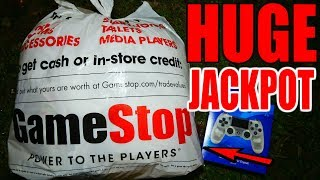 CRAZY HUGE!! DUMPSTER JACKPOT!!! Gamestop Dumpster Dive Night #866