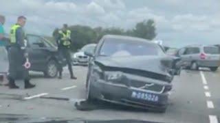 Volvo crash. Volvo s80 vs Opel Zafira.