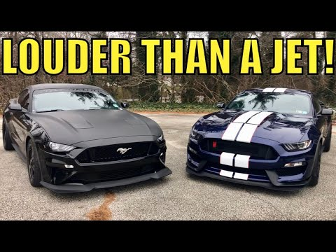 "GT350 ""R"" vs 2018 MUSTANG GT- Hear the NUMBERS! (EXHAUST BATTLE)"