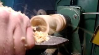 Точение рюмки с кольцом на токарном станке.