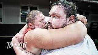 Макс Новоселов против Папа Гигант 220 кг / Выяснили кто сильнее?!