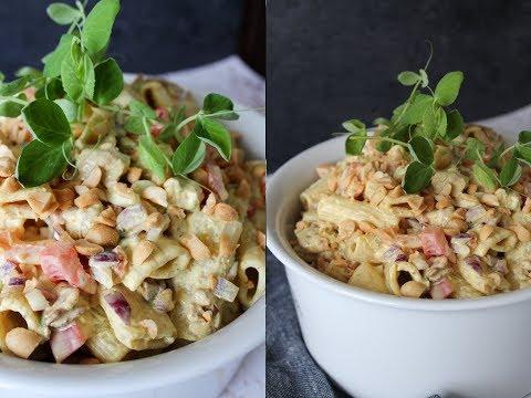 Pastasalat Med Kylling og Bacon I En Peanut Butter Karry Dressing - One Kitchen DK