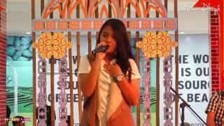 Hanin Dhiya - Saat Kau Tak Disini @Mall Bassura