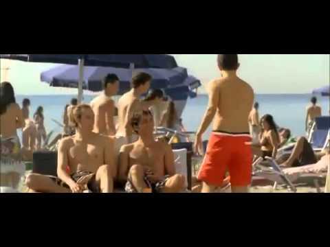 Развод девушки на пляже