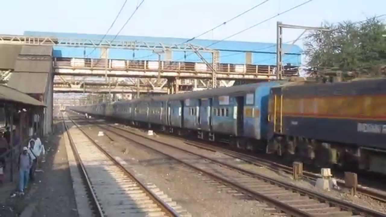 12142 Rajendra Nagar Patna - Mumbai CST SF Express !!