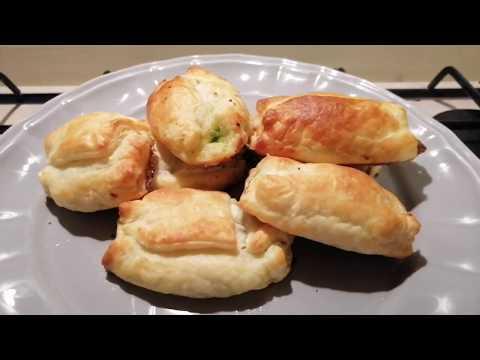 fagottini-di-pasta-sfoglia-con-zucchine-e-speck-(-con-aggiunta-di-mozzarella)