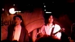 REM (Bingo Hand Job) - Get Up acoustic @ The Borderline - 1991