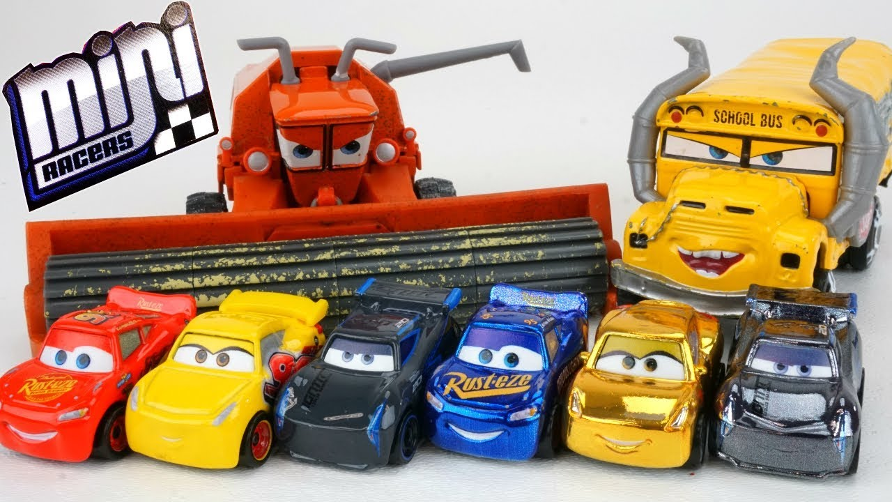 New Disney Cars 3 Mini Racers Metallics Get Chased By Frank And