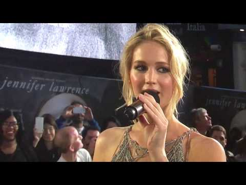 Jenifer Lawrence interview on red carpet. U.K. premiere of Mother - high quality