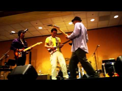 Silicon Valley Band performance in Double Tree Hotel