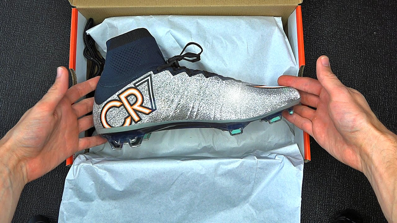 quality design c6485 21e99 Exclusive  New Cristiano Ronaldo Nike Superfly 4 Unboxing - YouTube