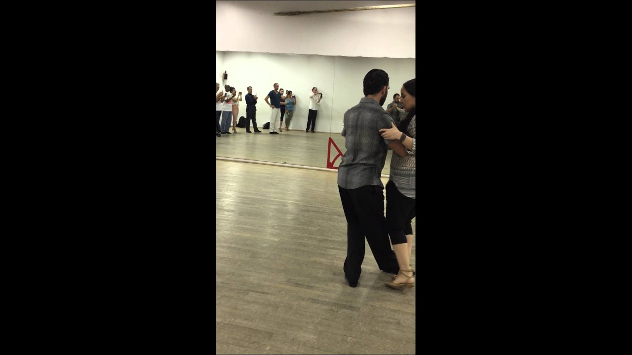 how to dance change of direction in tango