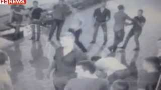 Сотрудники угрозыска подрались с бойцами ОМОН(Драка возле ночного клуба в столице произошла из-за невинного танца с девушкой. Два сотрудника спецназа..., 2012-09-25T00:24:18.000Z)