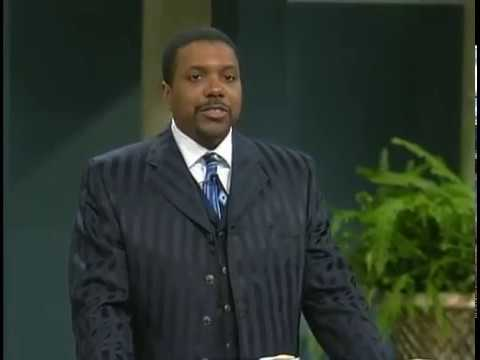 Dr  Creflo Dollar 2017 -  Money is Looking For You!!!!!!