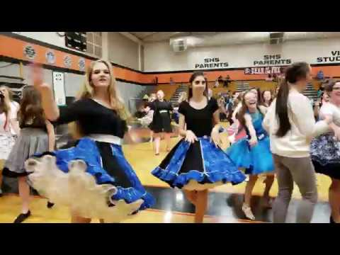 #PNTSDF2018 Teen Festival Line Dancing to Paradise