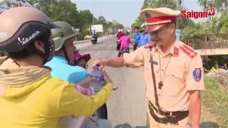 Hành động đẹp của lực lượng CSGT