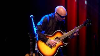 "Joe Satriani performs ""Always With Me, Always With You"" live @ Acoustic-4-A-Cure 5/15/2014"