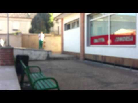 un poko de skate en mi pueblo y en mi barrio