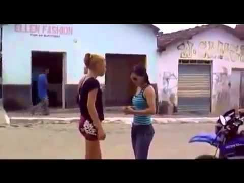 Girl fight loses clothes