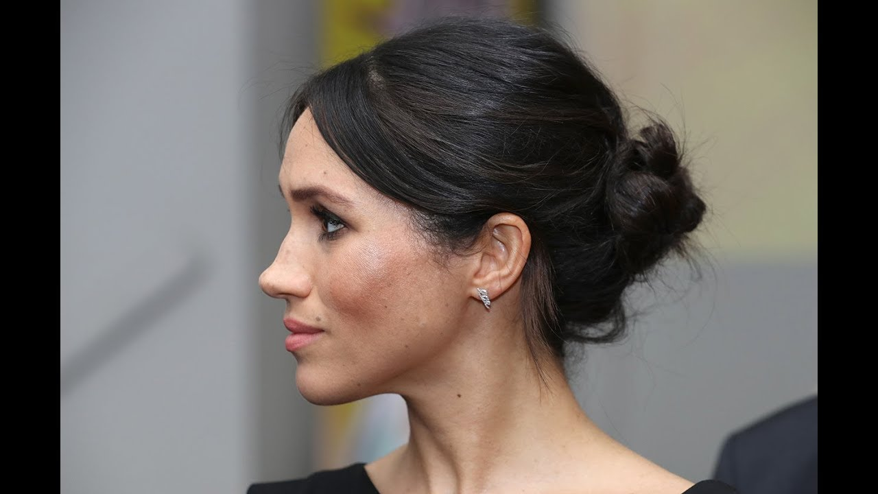 Meghan Markles Hair The Secret To Her Messy Bun