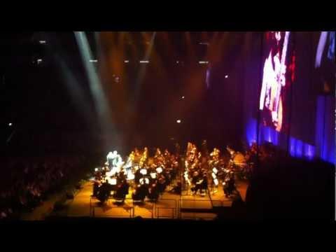Andrea Bocelli - En Aranjuez con tu amour -Sentimento (Live Greenwich O2 Arena)