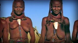 Red skinned women (Himba tribe - Namibia)