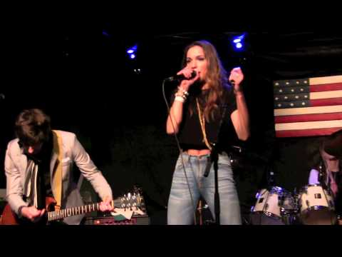 ''CRAZY''  STEREO JANE, live @ Callahan's.  Jan 2015