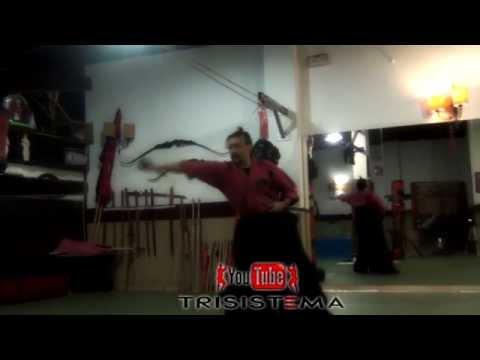 ejercicio-del-arte-de-desenvainar-cortando-con-katana-1º-tameshigiri