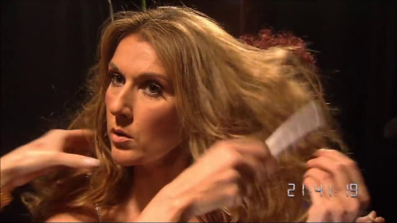 Celine Dion sexy quick outfit changes backstage!