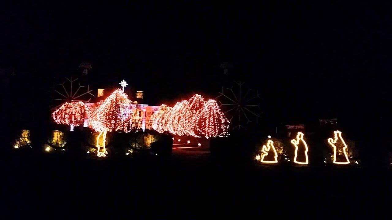 Paul Tudor Jones Christmas Lights 2015 20151207_183018.mp4 - YouTube