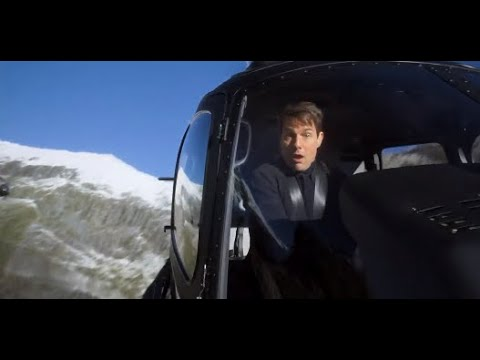 Footage of Tom Cruise Doing Helicopter Stunts in Mission ...