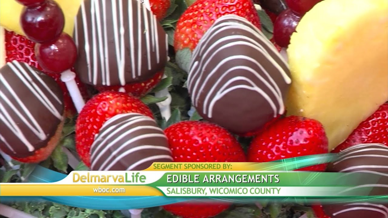 Valentine\'s Day Fruit Bouquets at Edible Arrangements - YouTube