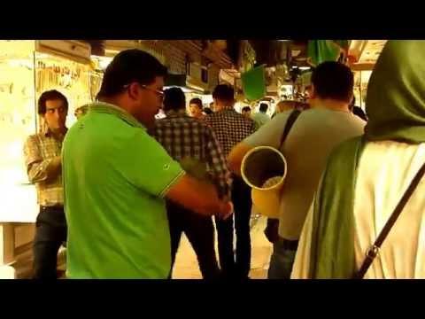 Kermanshah musicians wandering the bazar