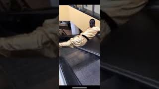 Famous Amos in the Gold Suit brings all the moves  And IPod Hypes Him Up #Mall