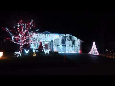Amazing Musical Christmas light display
