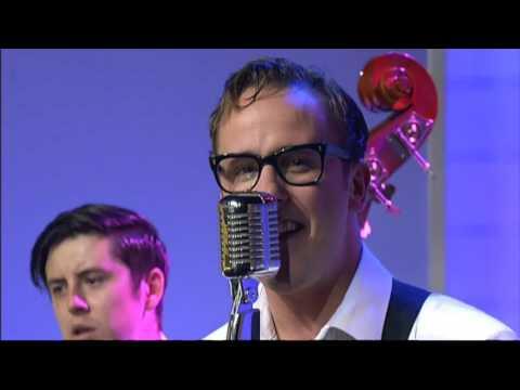 Buddy Holly Story - Oh Boy! Live on Good Morning TVNZ (Glen Joseph as Buddy)