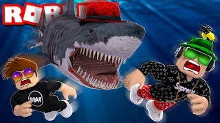 SURVIVE DAD SHARK in ROBLOX SHARKBITE
