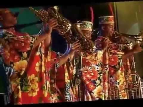 Carlinhos Brown no festival de verão