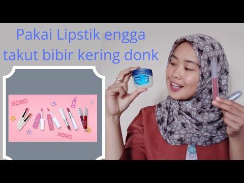 tips-supaya-bibir-tetap-lembab-saat-menggunakan-lipstik