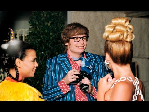 "Mike Myers Would ""Love to Do Another"" Austin Powers Movie"
