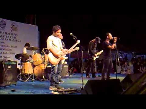 Terasa Disyurga - SOFAZR live @ UKM Bangi 2011