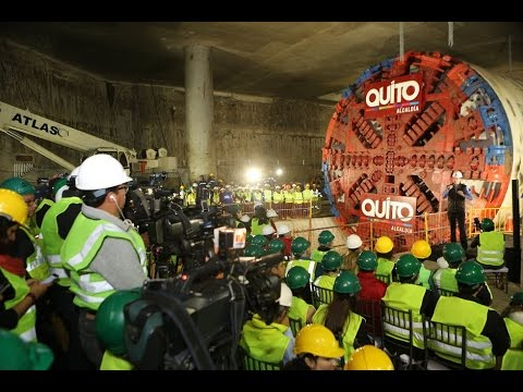 Arrancó construcción de túnel del metro de Quito