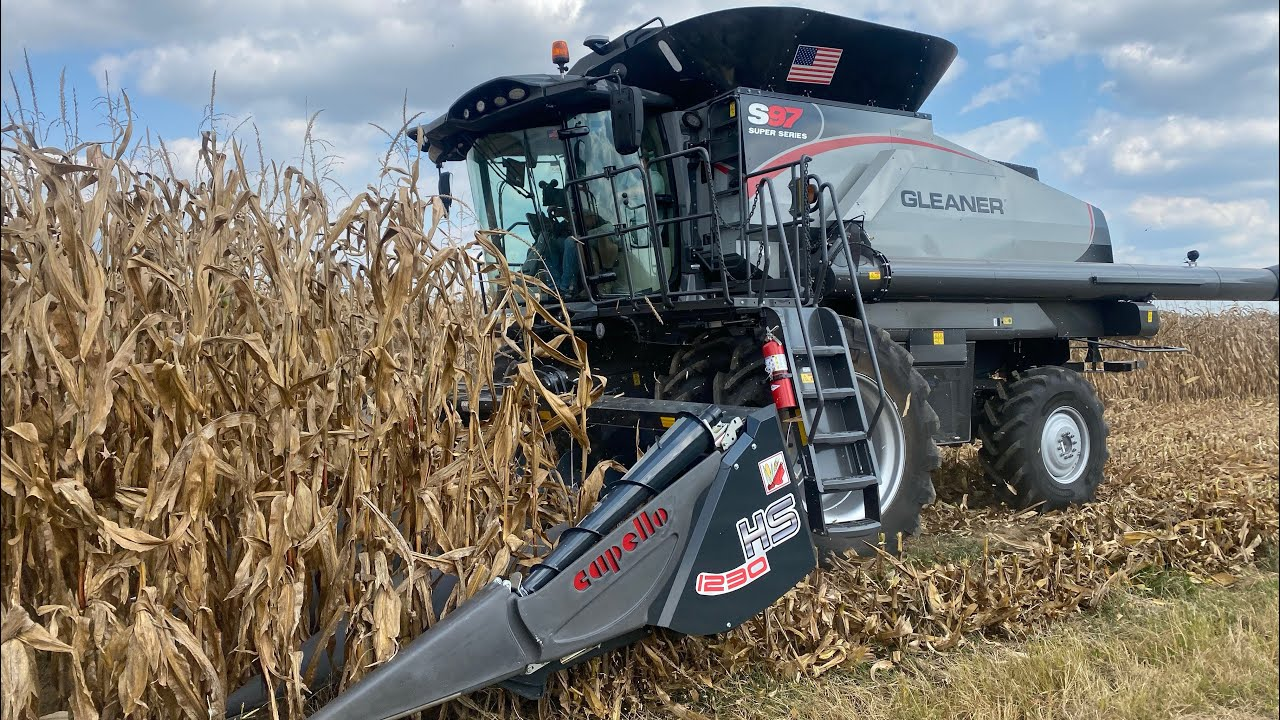 Download The First Day of Harvest 2021 with a New Gleaner Combine