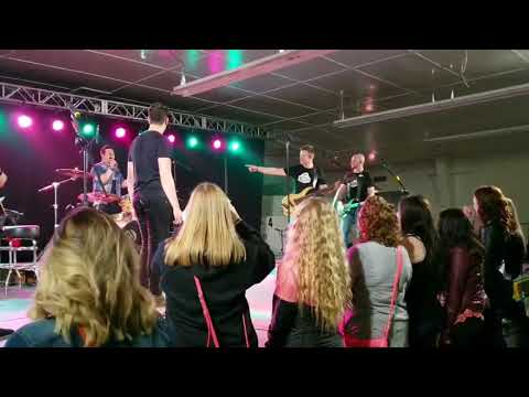 Hunter Brothers - Born And Raised (Live in Rosetown)