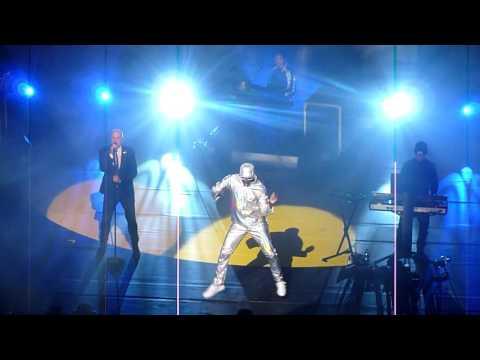 Pet Shop Boys - New York City Boy (Live London R.O.H. 22.07.16)